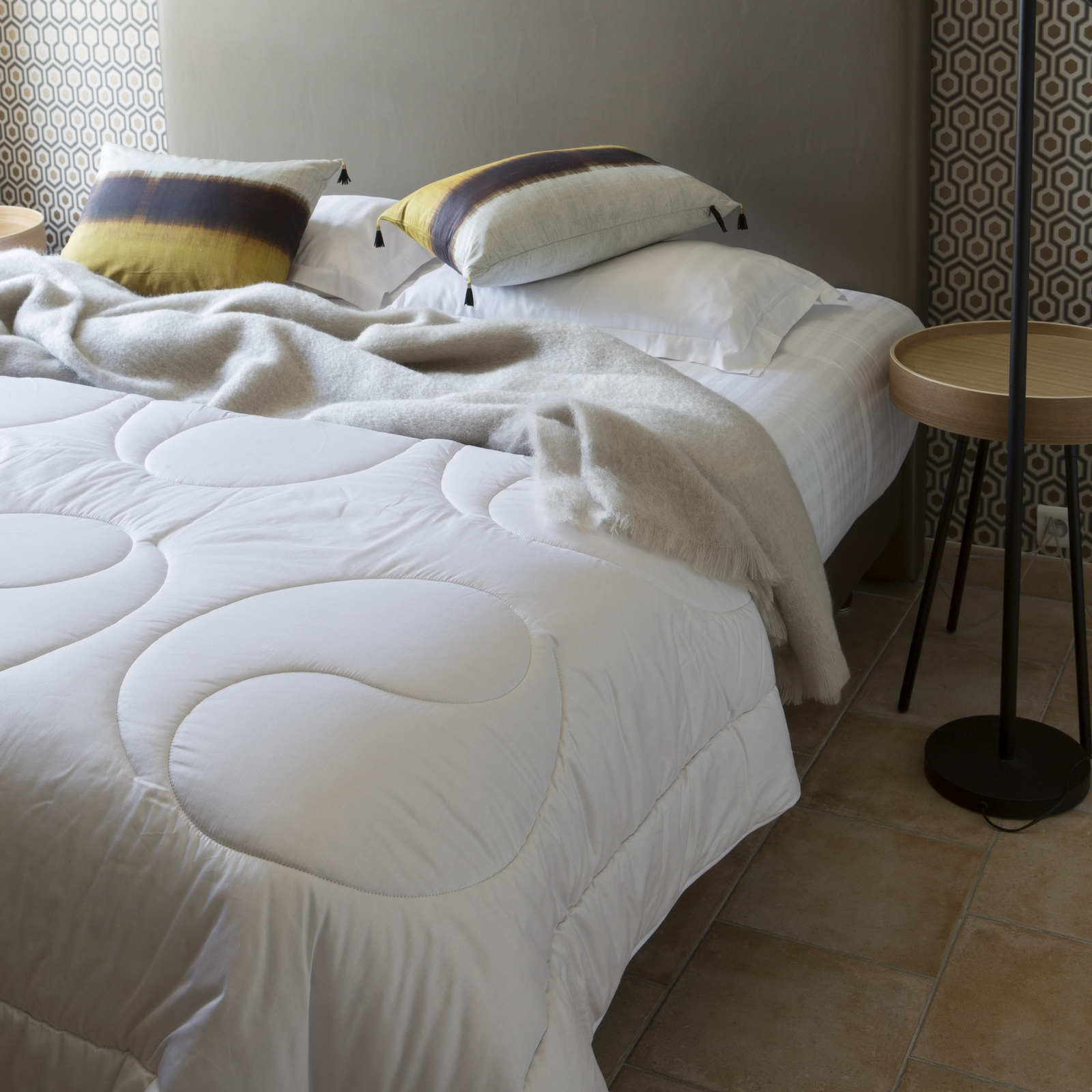 astuces conseills pour choisir sa couverture couette en laine brun de vian tiran brun de. Black Bedroom Furniture Sets. Home Design Ideas