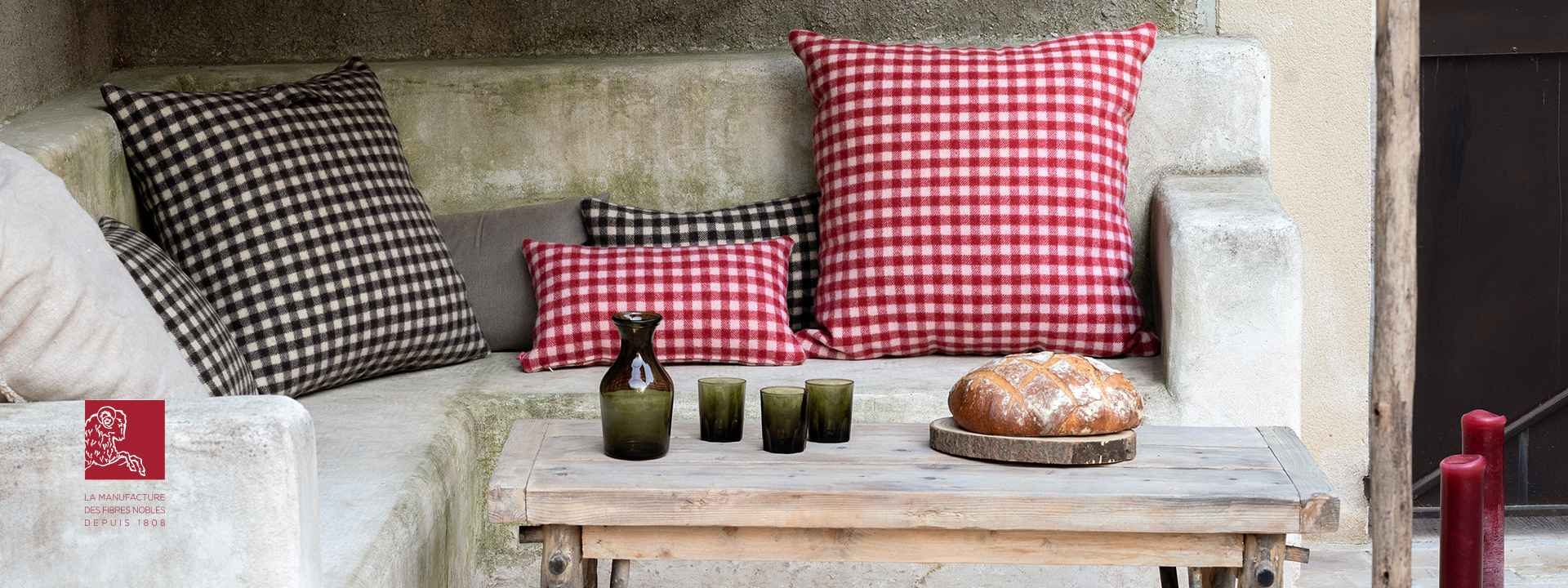 Coussin nomade laine